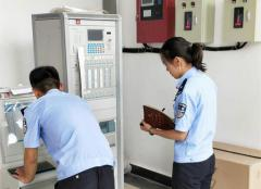 节前安保检查筑牢安全防护网