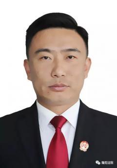 """隆阳法院干警蒋斌荣获全国法院 """"基本解决执行难""""先进个人"""